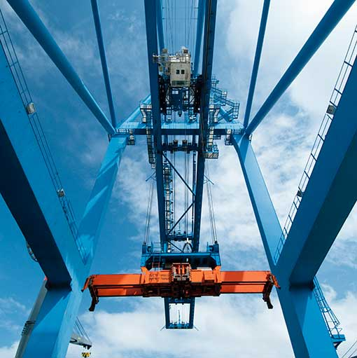 Issue 25 - May - September 2015 - Ports & Terminals